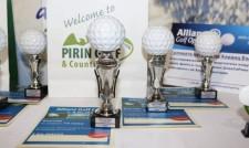 Андрю Пийч и Тодор Т. Тодоров със специалните награди на Allianz Golf Open Tournament