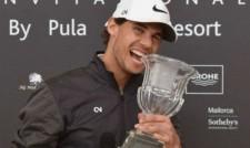 Рафа Надал бие и на голф